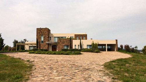 Chacra 3 Dormitorios En Solís, Maldonado