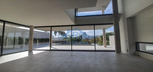 Imagem 1 de 8 de Residencial I Sobrado Com 5 Dormitórios À Venda, 1042 M² Por R$ 12.000.000 - Alphaville - Barueri/sp - So1198