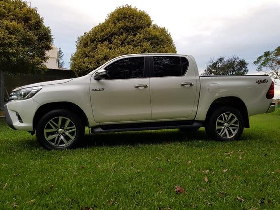Toyota Hilux 2.8 Cd Srx 4x4 At 177 Cv