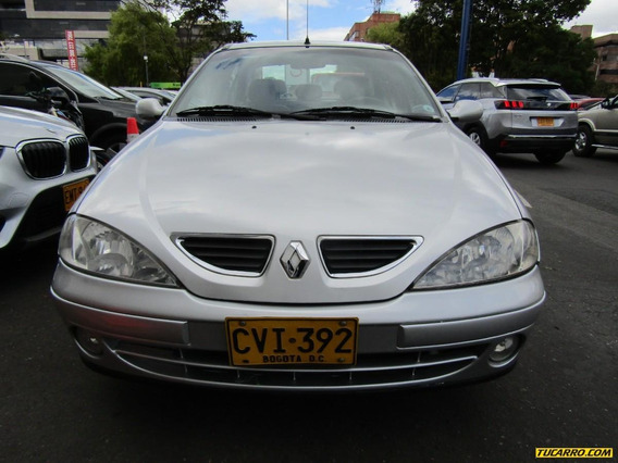Renault Mégane 1.6 At