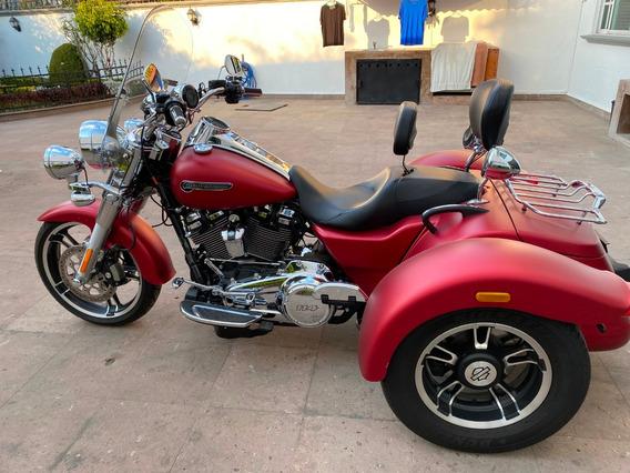 Harley Trike Freewheeler