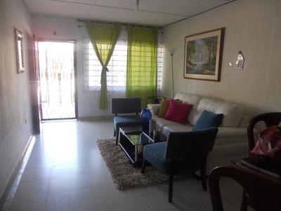 Casas En Venta Los Pinos 663-1958