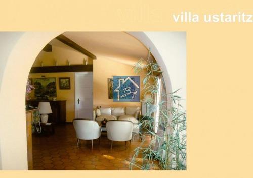 Casa En Alquiler, Playa Mansa, Punta Del Este- Ref: 941
