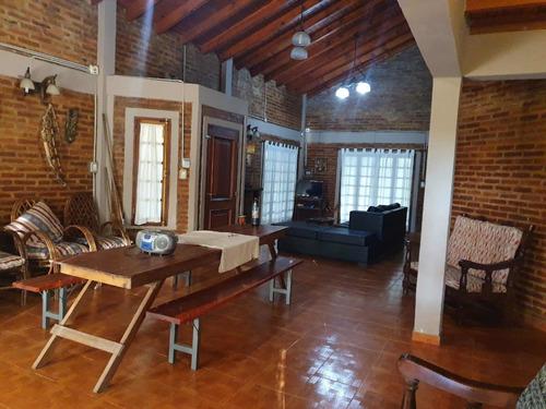 Imagen 1 de 12 de Hermosa Casa En Paso De La Patria, Corrientes.