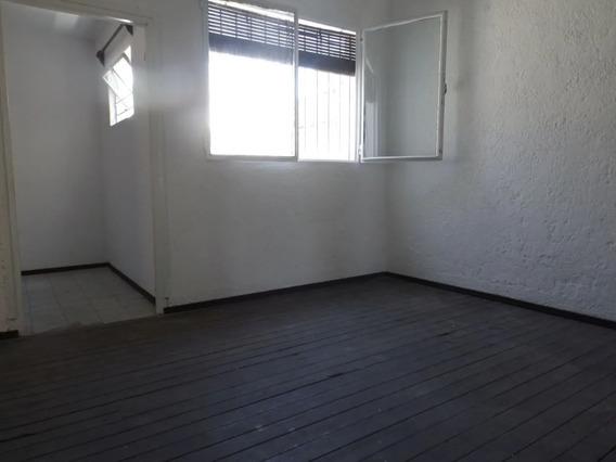 Se Alquila Apartamento En Zona De Buceo