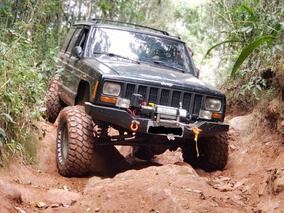 Jeep Cherokee Sport 4x4 Offroad Monster