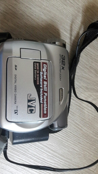 Câmera Vídeo Jvc. 800x Digital Zoom