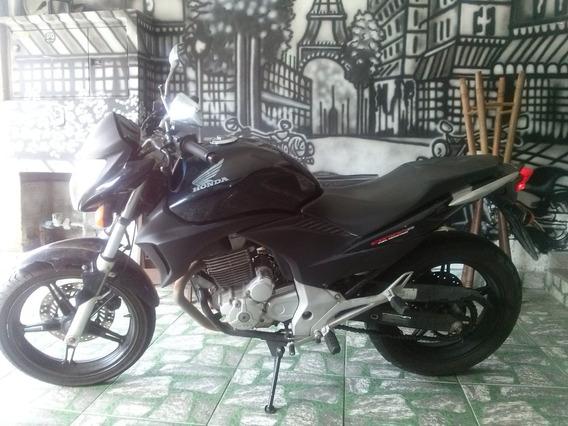 Motociclo Honda Cb300r