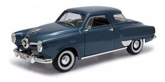 1950 Studebaker Champion Azul - Escala 1:18 - Yat Ming