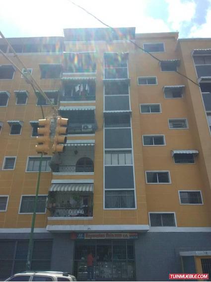 Apartamento Penthouse En Venta Av. Victoria (mc)