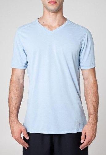 Camiseta Nike Tailwind
