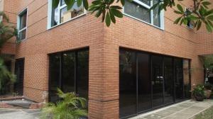 Alquiler De Cómodo Apartamento En Campo Alegre / Ac 20-9871