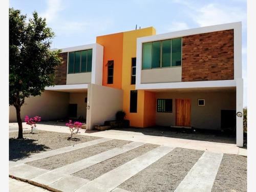 Imagen 1 de 12 de Casa Sola En Venta Residencial Valle Verde