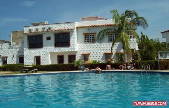Casas En Venta Miguel 19-10120 Higuerote
