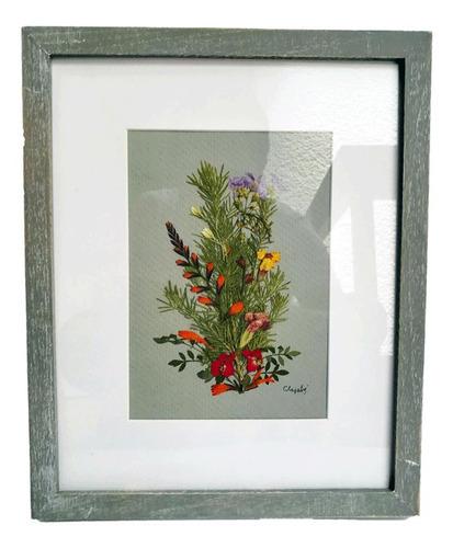 Imagen 1 de 2 de Cuadro Decorativo. Arte Hecho Con Flores Silvestres.