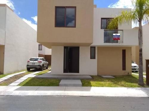 Casa Sola En Renta Puerta Real Residencial