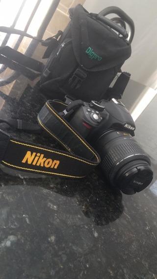 Camera Fotográfica Nikon D3100
