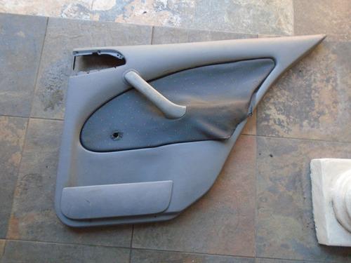 Vendo Tapicería Trasera Derecha De Skoda Octavia Año 2004