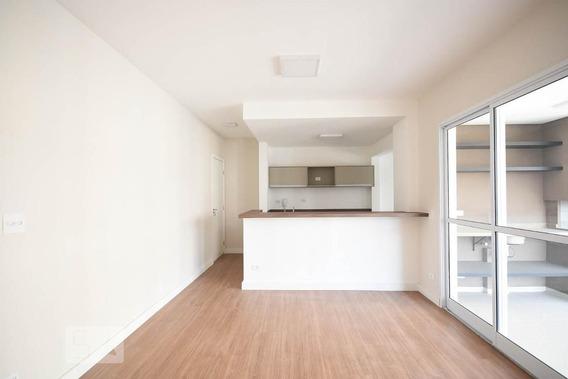 Apartamento No 17º Andar Com 2 Dormitórios E 1 Garagem - Id: 892956533 - 256533