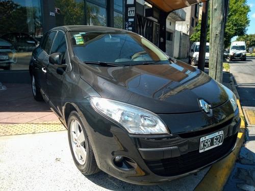 Renault Mégane Iii 2.0 Luxe 2012 Ilarioautos