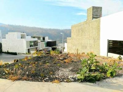 Terreno En Venta En Fraccionamiento Puerta Tres Marias Norte