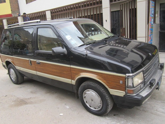Plymouth Voyager 1987