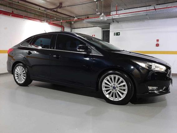 Ford Focus Fastback Titanium Plus 2.0 Flex Aut. 2019 9.900km
