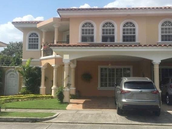 Hermosa Casa En Venta En Costa Bay Costa Del Este Panama