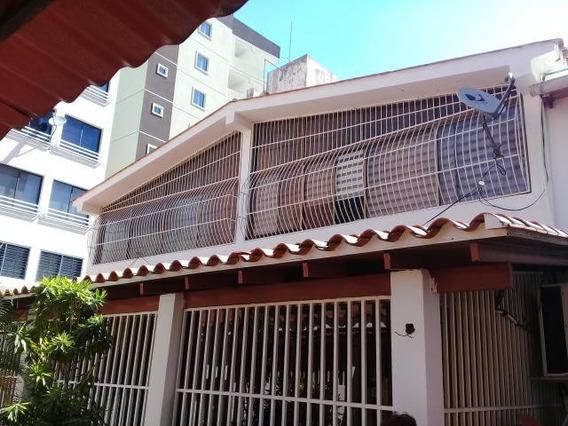 Casa En Venta El Bosque, Zona Norte Mls 20-8008 Cc