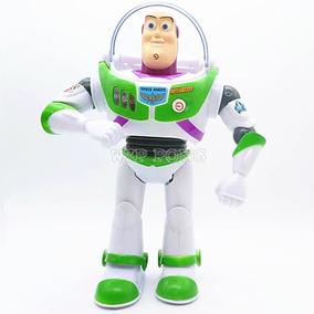 Buzz Lightyear Toy Story Com Luzes Anda E Fala Novo Na Caixa
