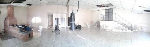 Casa Com 03 Dormitórios + Salão/restaurante A Venda No Monte Castelo - Ca1363