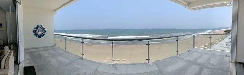 Cad Ocean Front 801. Terraza Con Vista Al Mar