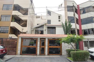 Casa De 4 Pisos Frente A Parque En Surco