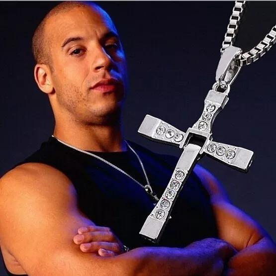 Colar Vin Diesel Velozes & Furiosos Masculino Cruz Toretto