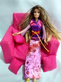 Boneca Barbie Mattel Indonesia + Sofa