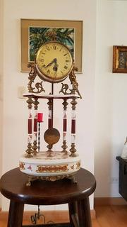 Se Vende Reloj De Mesa De Broce Con Porcelana Un Clasico
