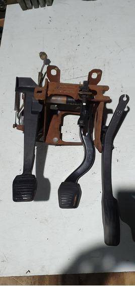 Pedalera Ford Fiesta Escort Courier Con Bombin Hidarulico