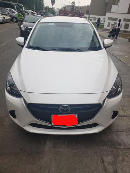 Mazda 2 (1.5) 2018 Blanco 5 Puertas