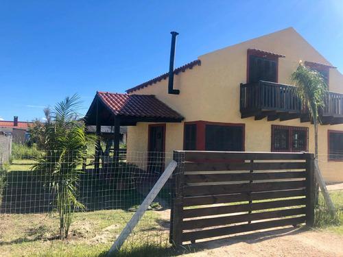 Alquiler De Casa Para 5 Personas, Duplex A 2 Cuadras Playa