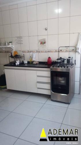 Imagem 1 de 15 de Casa Para Renda Com 4 Casas Escriturada No Campanário - 1087