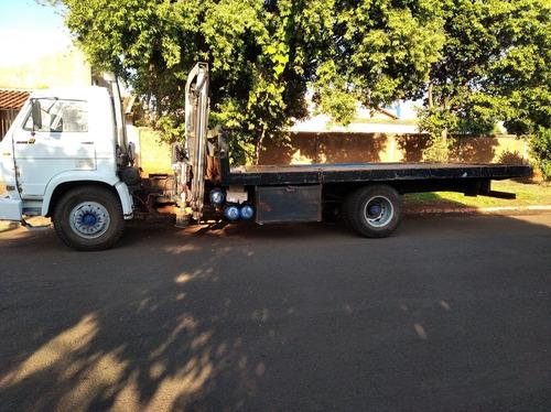 Caminhão Com Munck