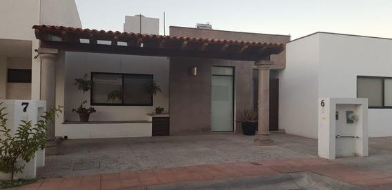 Casa En Renta Amueblada Pedregal De Shoenstatt Queretaro Una