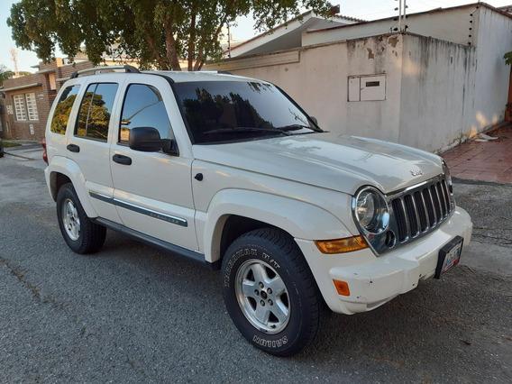 Jeep Cherokee Liberty Limited Año 2005
