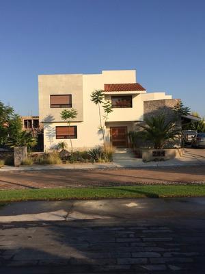 Casa En Renta El Campanario