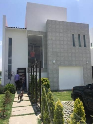 Casa Modelo Gran Lagonns En Foresta Metepec