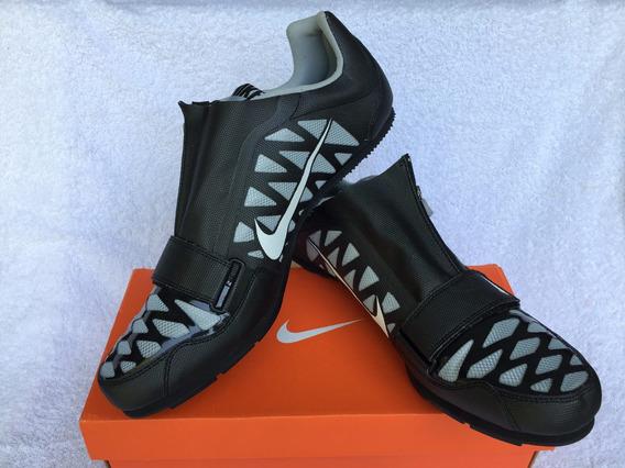 Zapatillas De Atletismo C/clavos. Negra Y Gris