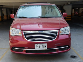Chrysler Town & Country 3.6 Touring Piel Automatica