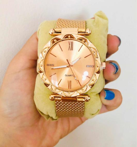 Relógio Feminino Rose Gold Redondo Detalhe Strass
