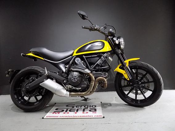 Ducati Scrambler Icon Amarilla 2017