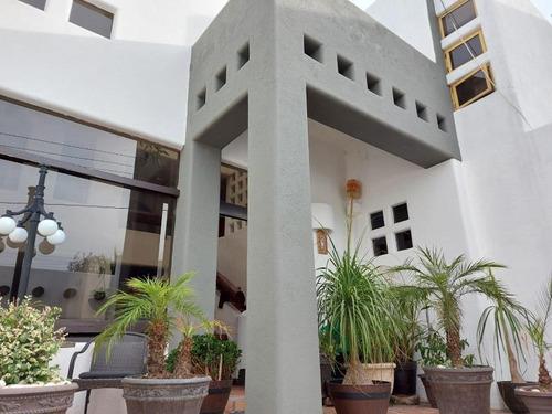 Imagen 1 de 6 de Casa Uso De Suelo En Renta Lomas Cuarta Sección